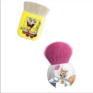 2 BRUSHES Spongebob Flat Kabuki & Sandy Round